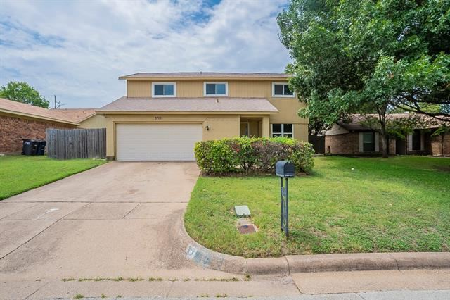 3713 Misty Meadow Drive, Fort Worth, TX 76133 - #: 14654584