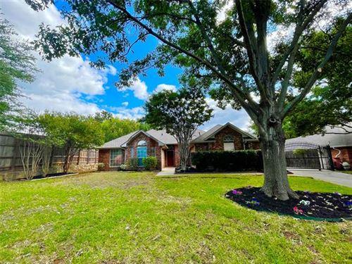 Photo of 1325 Lakeside Drive, Southlake, TX 76092 (MLS # 14673586)
