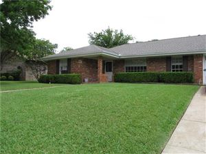 Photo of 5017 Whistler Drive, Fort Worth, TX 76133 (MLS # 13926587)