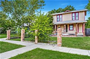Photo of 1147 N Madison Avenue, Dallas, TX 75208 (MLS # 14164587)