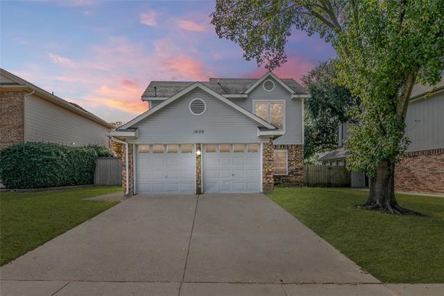 1609 Stoneway Drive, Grapevine, TX 76051 - #: 14474588