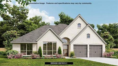Photo of 916 Elmwood Avenue, Denton, TX 76210 (MLS # 14630590)