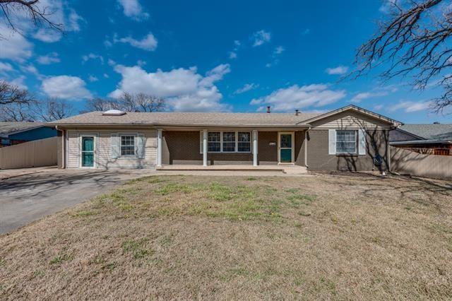 511 Martin Lane, Euless, TX 76040 - MLS#: 14500590