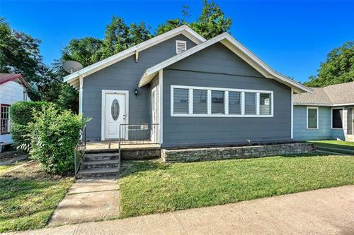 Photo of 826 W Crawford Street, Denison, TX 75020 (MLS # 14648593)