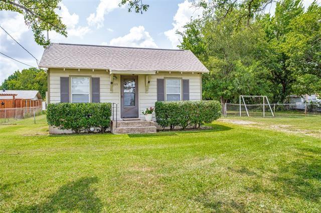 105 N Shady Shores Road, Lake Dallas, TX 76208 - MLS#: 14616593