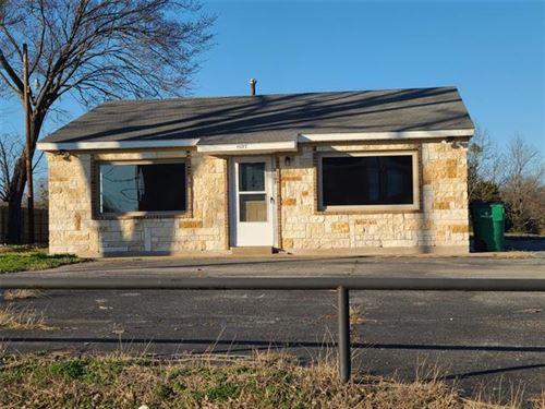 Photo of 1107 E Moore Avenue, Terrell, TX 75160 (MLS # 14639596)