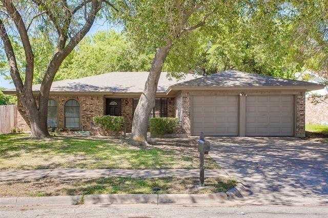 1901 Overbrook Drive, Arlington, TX 76014 - #: 14405597