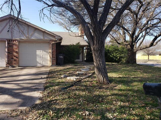 4300 Yellowleaf Drive, Fort Worth, TX 76133 - #: 14549599