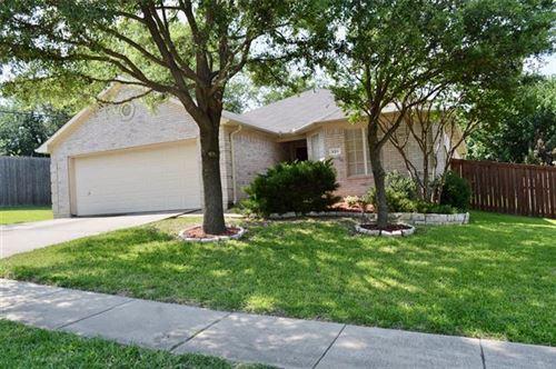 Photo of 801 E Huitt Lane, Euless, TX 76040 (MLS # 14583603)