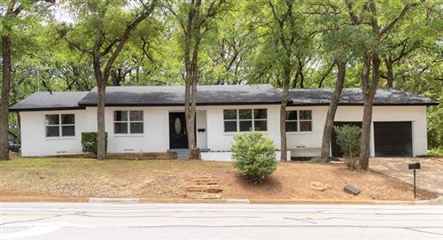 Photo of 1230 S Pecan Street, Arlington, TX 76010 (MLS # 14608604)