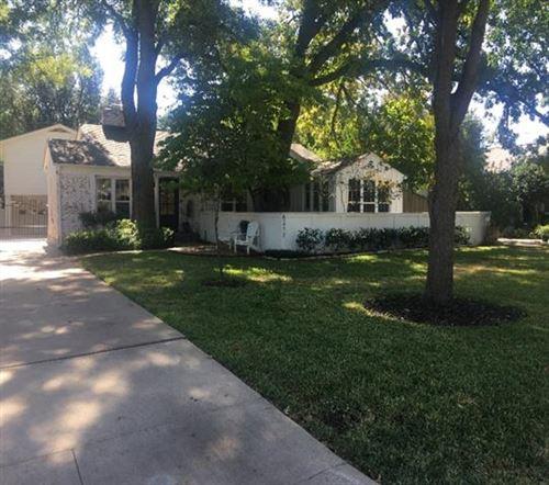 Photo of 6317 Locke Avenue, Fort Worth, TX 76116 (MLS # 14449606)