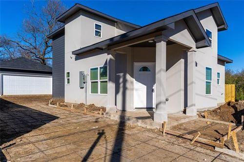 Photo of 5025 Chapman Street, Fort Worth, TX 76105 (MLS # 14505607)