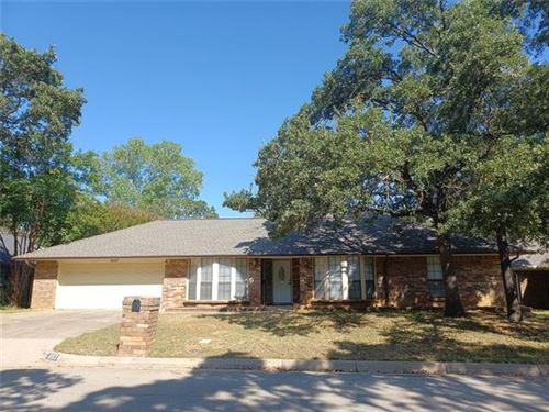 Photo of 5117 Overridge Drive, Arlington, TX 76017 (MLS # 14688613)
