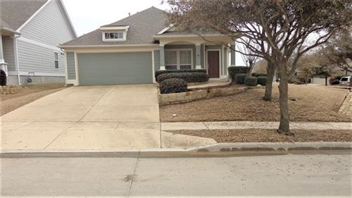 Photo of 5000 Holliday Drive, Fort Worth, TX 76244 (MLS # 14520614)