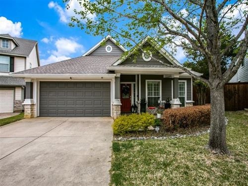 Photo of 104 Nestlewood Lane, Grapevine, TX 76051 (MLS # 14550617)