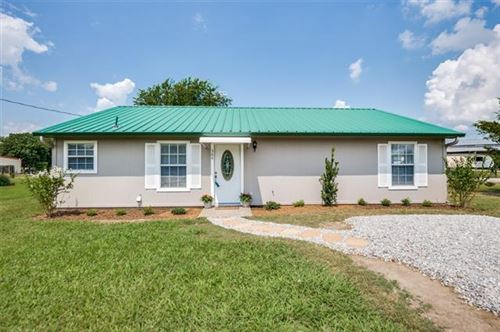 Photo of 390 Private Road 5505, Point, TX 75472 (MLS # 14652617)