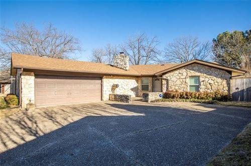 Photo of 6208 Bellhurst Court, North Richland Hills, TX 76117 (MLS # 14518619)