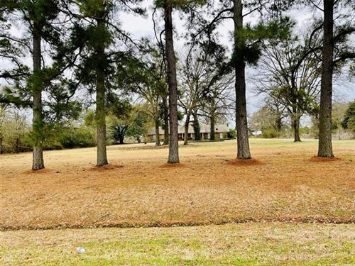 Photo of 1413 W Highway 84, Mexia, TX 76667 (MLS # 14503620)