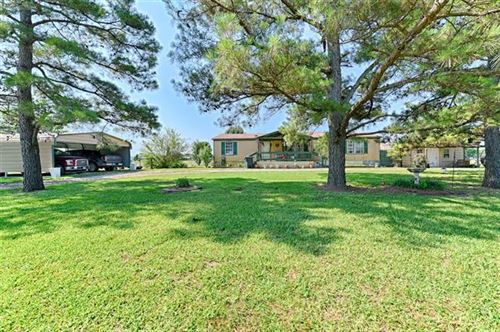 Photo of 429 Vz County Road 3436, Wills Point, TX 75169 (MLS # 14598623)