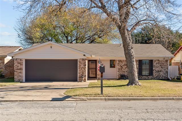 728 Bridle Avenue, White Settlement, TX 76108 - #: 14483626