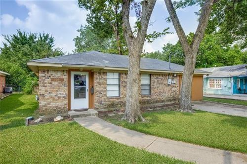 Photo of 303 Lawrence Avenue, Terrell, TX 75160 (MLS # 14653628)