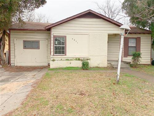 Photo of 3871 Dowdell Street, Fort Worth, TX 76119 (MLS # 14505630)