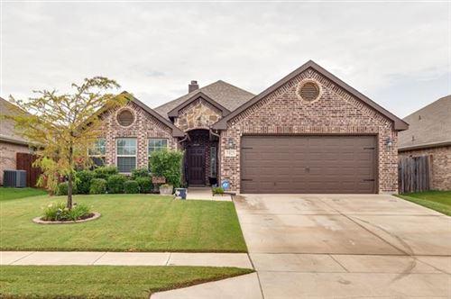 Photo of 7425 Innisbrook Lane, Fort Worth, TX 76179 (MLS # 14383635)