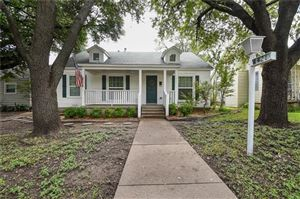 Photo of 4421 Calmont Avenue, Fort Worth, TX 76107 (MLS # 13932636)