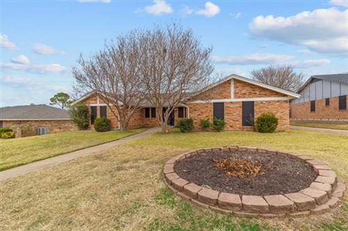 Photo of 6529 Spring River Lane, North Richland Hills, TX 76180 (MLS # 14489636)