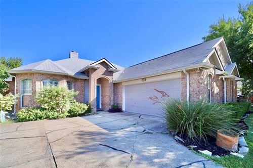 Photo of 817 Ingleside Drive, Plano, TX 75075 (MLS # 14689636)