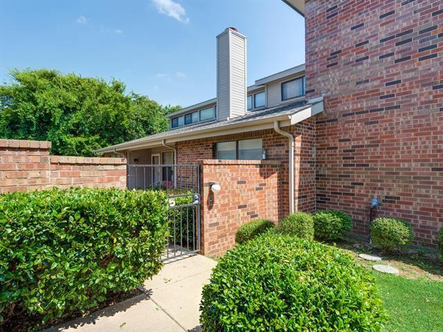 925 Forest Creek Street, Benbrook, TX 76126 - MLS#: 14383636