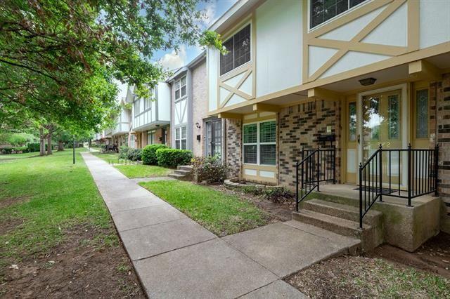 382 Westview Terrace, Arlington, TX 76013 - #: 14567638