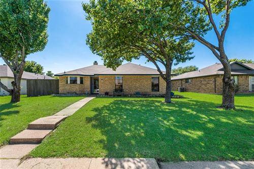 Photo of 2317 Tangleridge Lane, Rowlett, TX 75088 (MLS # 14575645)