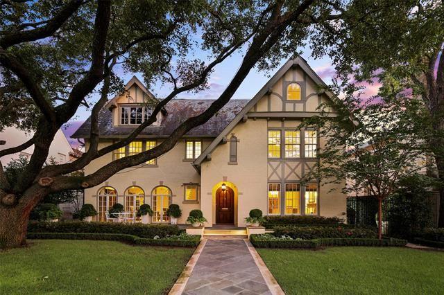 Photo for 3509 Princeton Avenue, Highland Park, TX 75205 (MLS # 14425645)