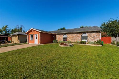 Photo of 1549 Bosque Drive, Garland, TX 75040 (MLS # 14677648)