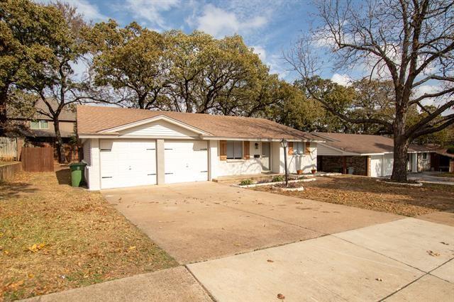 1028 Meadowbrook Drive, Grapevine, TX 76051 - #: 14471648