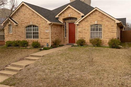 Photo of 2040 Westbury Lane, Allen, TX 75013 (MLS # 14287657)