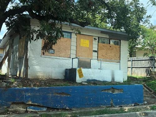Photo of 2612 Harwood Street, Fort Worth, TX 76103 (MLS # 14440657)