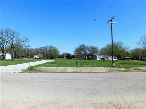 Photo of 420 E Rabbit Cove Road, West Tawakoni, TX 75474 (MLS # 14536657)