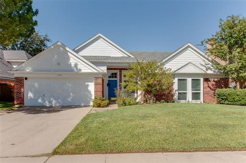 Photo of 606 Ellington Drive, Grapevine, TX 76051 (MLS # 14443661)
