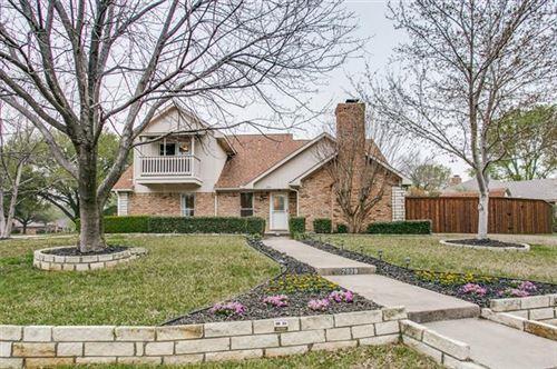 Photo of 2939 S Creekwood Drive, Grapevine, TX 76051 (MLS # 14290662)