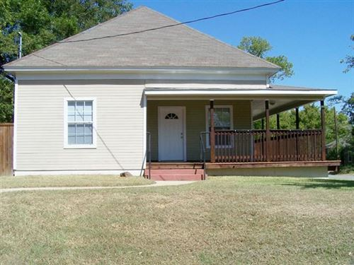 Photo of 901 W Day Street, Denison, TX 75020 (MLS # 14678665)