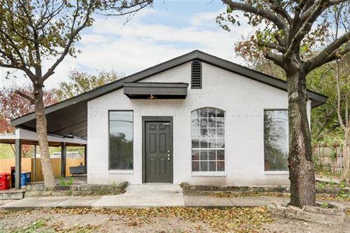 Photo of 315 S Johnson Street, Farmersville, TX 75442 (MLS # 14346669)