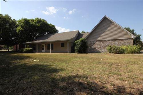 Photo of 131 S Meadowbrook Drive, Pottsboro, TX 75076 (MLS # 14412669)