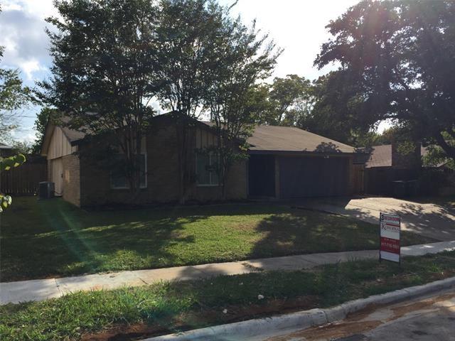 116 W Williamsburg Manor, Arlington, TX 76014 - #: 14459671