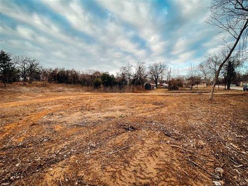 Photo of 1119 S CHANDLER Avenue, Denison, TX 75020 (MLS # 14504675)