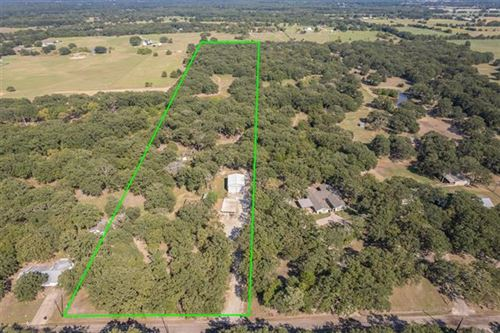 Photo of 4245 County Road 3321, Greenville, TX 75402 (MLS # 14666676)