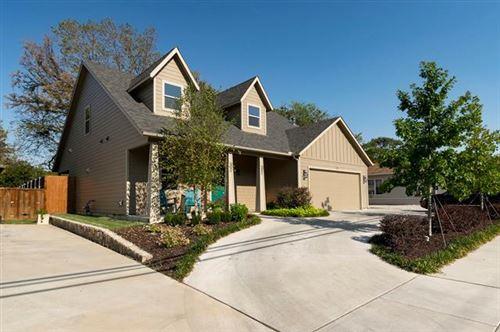 Photo of 318 N Dove Road, Grapevine, TX 76051 (MLS # 14447677)