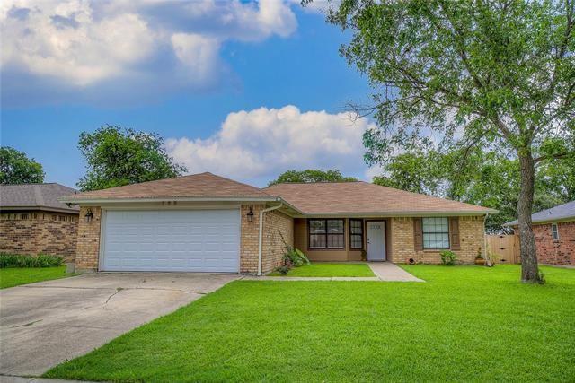 733 Parkwest Boulevard, Saginaw, TX 76179 - #: 14595677