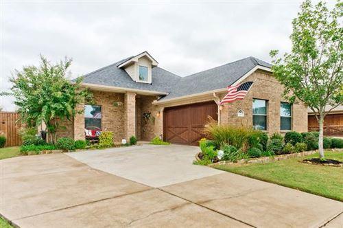 Photo of 516 Highfield Lane, Keller, TX 76248 (MLS # 14462681)